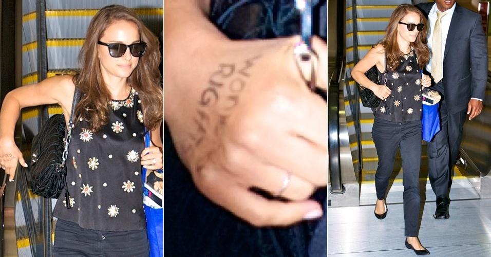 """Natalie Portman desembarca no aeroporto de Los Angeles com a expressão """"Direito das Mulheres"""" escrito na mão direita (19/9/12)"""