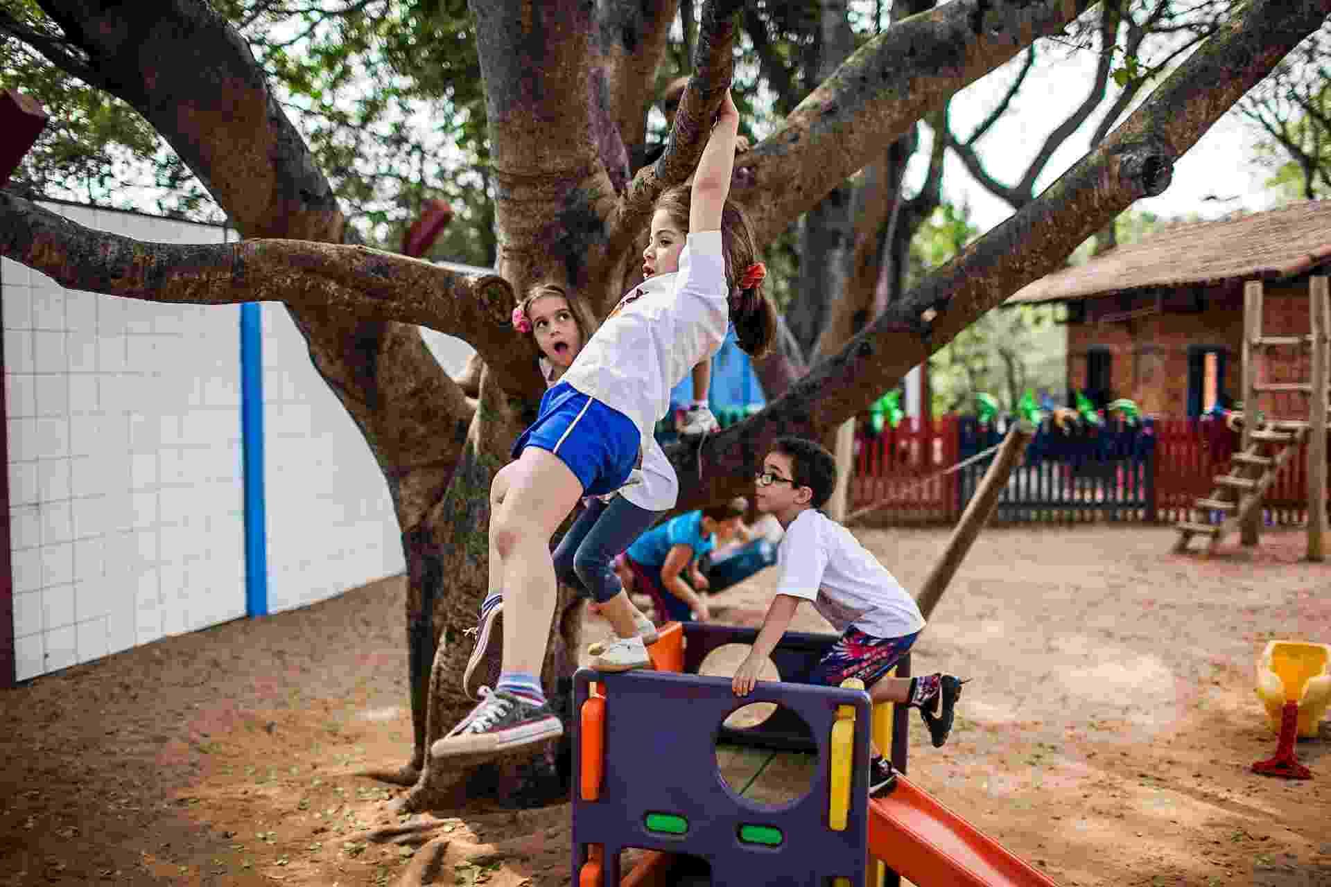 Crianças brincam no pátio da Creche/Pré-escola Oeste da USP - Leonardo Soares/UOL