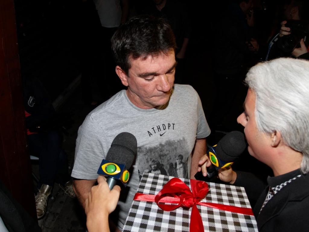 Andres Sanchez chega à festa de aniversário de Ronaldo na OutLaws, em São Paulo (22/9/12)