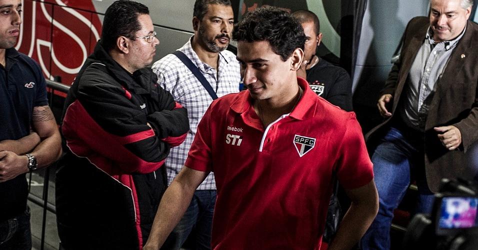 Ganso chega ao Morumbi para o primeiro encontro oficial com a torcida do São Paulo
