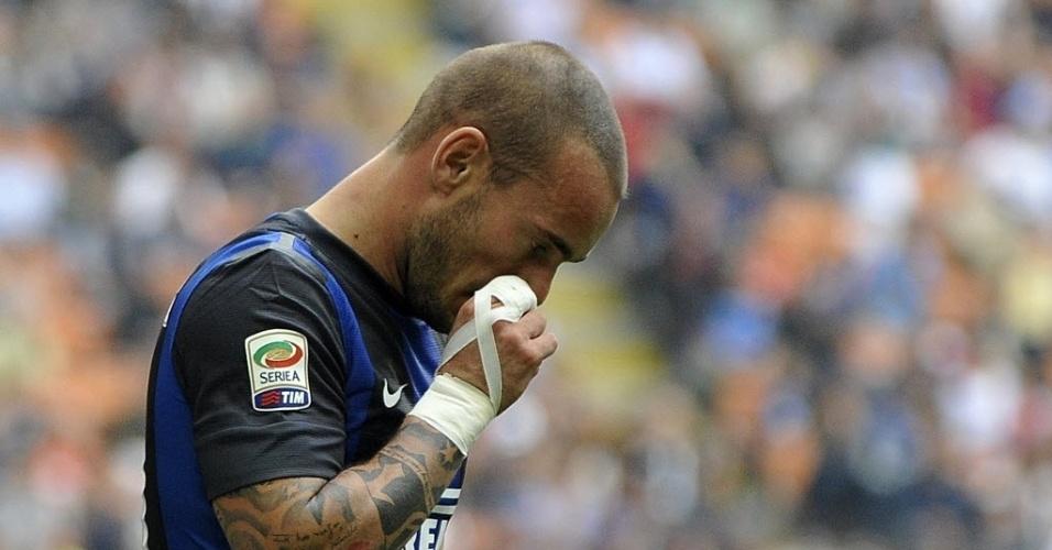 O meia Sneijder lamenta derrota da Inter de Milão