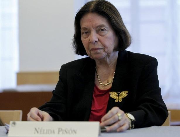 A escritora brasileira Nélida Piñón fala com a imprensa na Residência de Estudiantes, em Madri (24/9/12) - EFE/Zipi