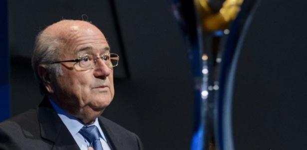 Isenção de impostos é compromisso do Brasil assumido com presidente da Fifa, Joseph Blatter