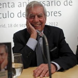 O escritor Mario Vargas Llosa celebrou seus 77 anos na cidade de Chacas