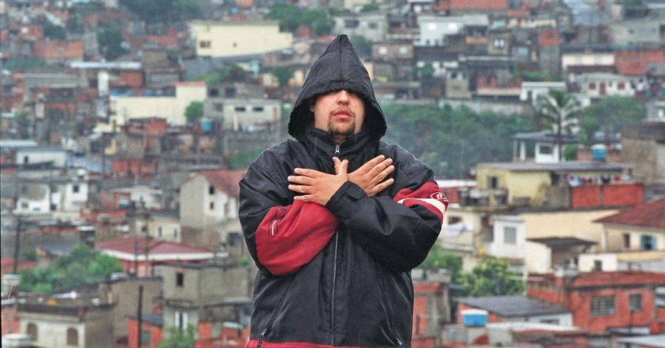 Reginaldo Ferreira da Silva, o Ferréz, que escreveu o livro Capâo Pecado, inspirado em personagens reais do distrito de Capão Redondo, na zona sul de São Paulo