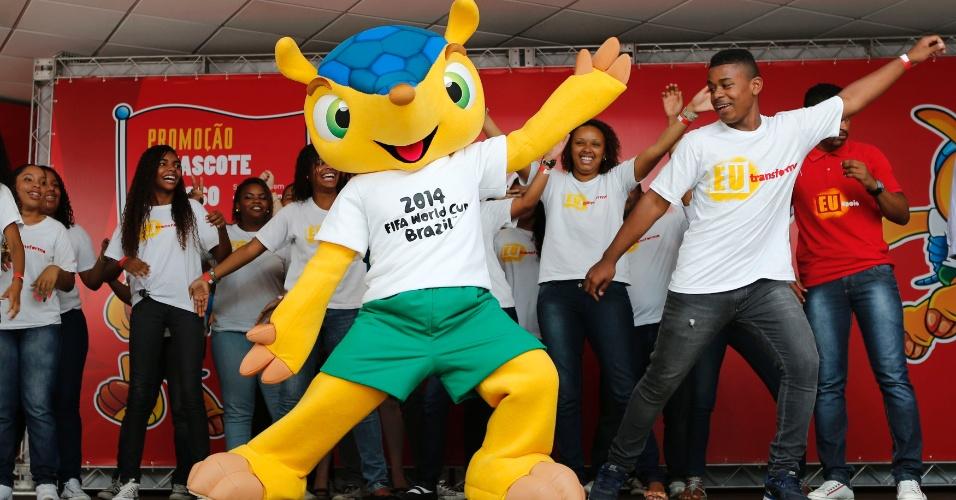 Tatu-bola, mascote da Copa do Mundo 2014 no Brasil, terá nome escolhido pelo público
