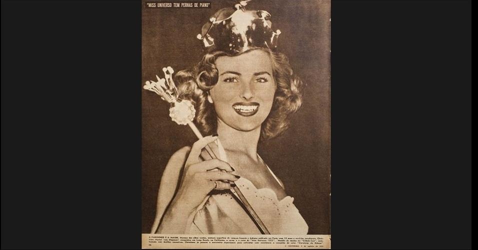 """1953 - De cetro e coroa, a francesa Christiane Martel, Miss Universo 1953, embeleza a capa de """"O Cruzeiro"""""""