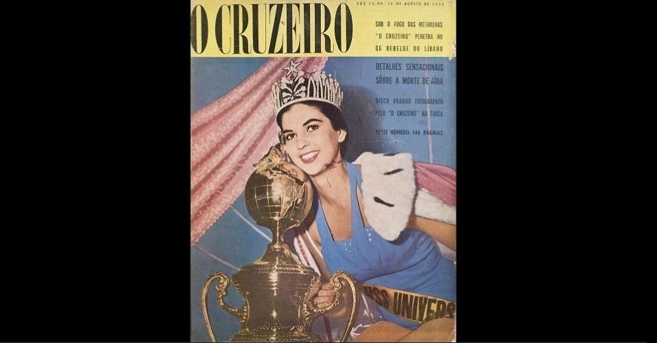 """1958 - Capa, coroa e o troféu: """"O Cruzeiro"""" traz a Miss Colômbia, Luz Marina Zuluaga, coroada Miss Universo 1958"""