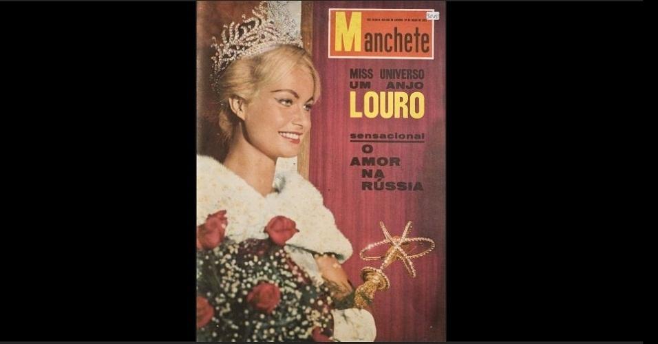 """1961 - A revista """"Manchete"""" traz na capa Marlene Schmidt de coroa, capa e cetro. A Miss Alemanha foi coroada Miss Universo 1961"""
