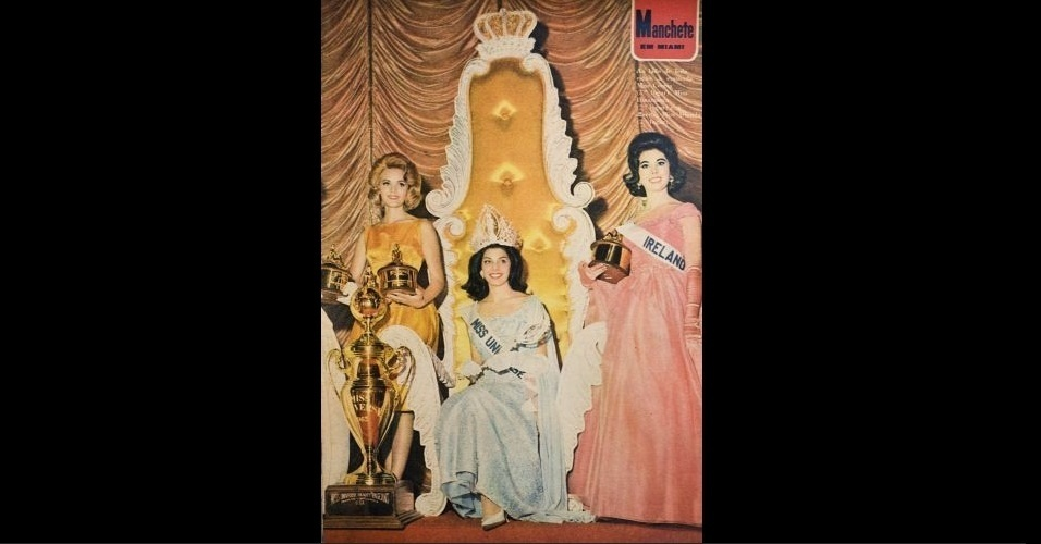"""1963 - O primeiro título brasileiro! Na """"Manchete"""", a gaúcha Ieda Maria Vargas (Miss Universo 1963); à esqerda, a Miss Dinamarca, Aino Korva (2º lugar); e à direita, a Miss Irlanda, Marlene McKeown (3º lugar)"""
