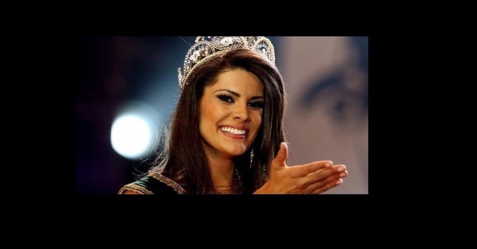 2008 - Na época em que Uol Tablóide tinha acento, Nathália Anderle foi eleita para o assento de Miss Brasil 2008