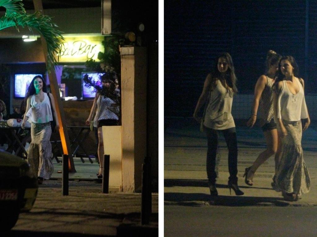 Isis Valverde saiu para beber com as amigas em bar do Rio de Janeiro (24/9/12)