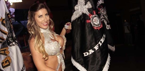 Tatiane Minerato, a rainha da bateria da Gaviões da Fiel (25/9/12) - Leonardo Vinícius