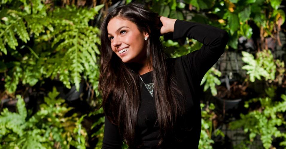 A atriz Isis Valverde durante ensaio fotográfico em hotel de São Paulo