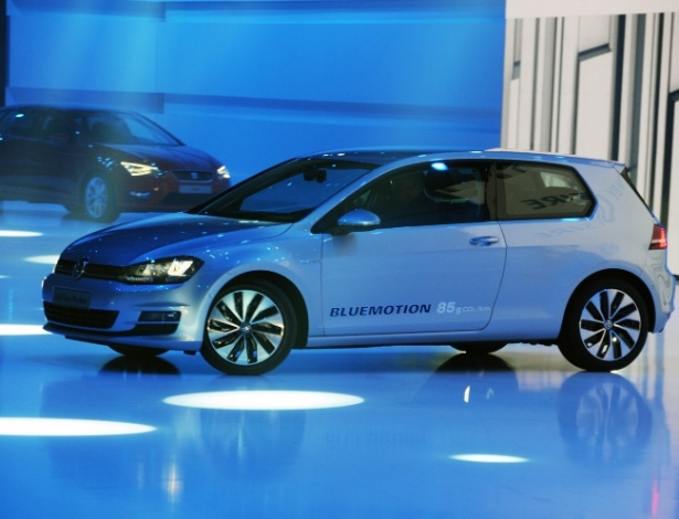 Golf BlueMotion na prévia do Salão de Paris, nesta quarta-feira (26): esse vai longe, diz a Volks - Murilo Góes/UOL