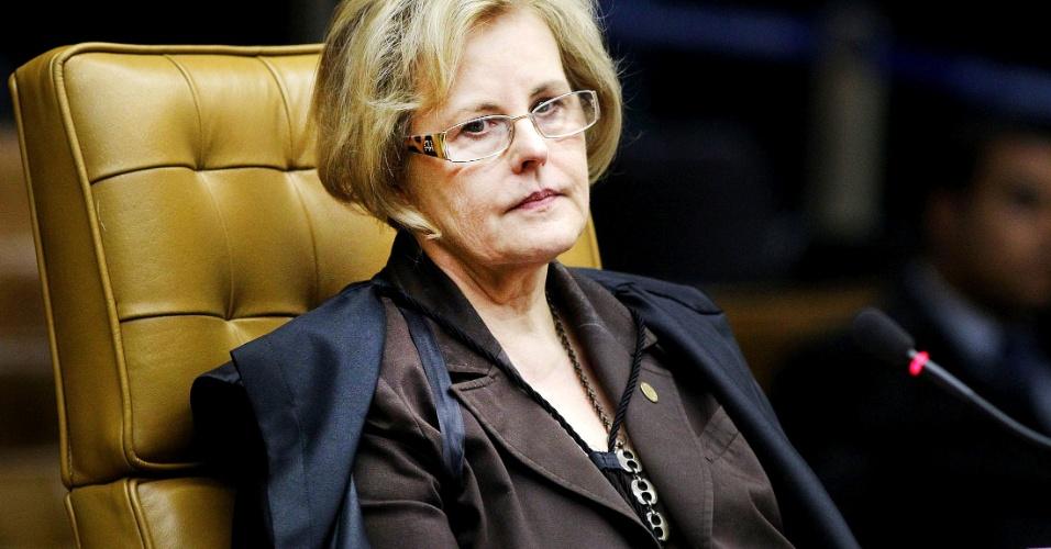 27.set.2012 - A ministra Rosa Maria Weber votou e condenou dez réus por lavagem de dinheiro, nove por corrupção, mas absolveu todos da acusação de formação de quadrilha