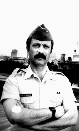 Em 1992, o coronel Ubiratan Guimarães chefiou a operação policial que deixou 111 presidiários mortos no massacre do Carandiru. Ele morreu em 2006, assassinado. A principal suspeita é a advogada Carla Cepollina, que mantinha relacionamento com Ubiratan. Cepollina aguarda julgamento.