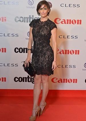 A atriz Deborah Secco levou o título de mais bem vestida de setembro com look Prada - AgNews