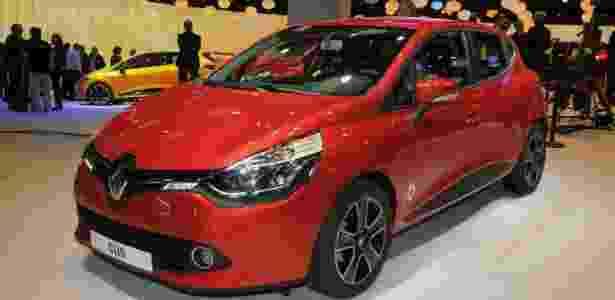 Clio IV em Paris: Renault valorizou equipe que fez o 1º modelo com o novo visual da marca - Murilo Góes/UOL