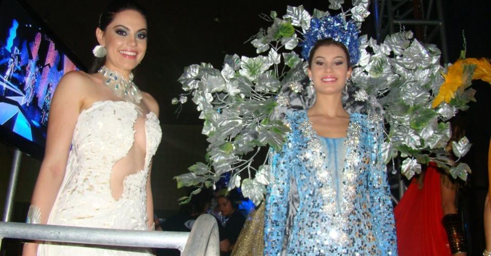 28.set.2012 - Na reta final do Miss Brasil 2012, as 27 candidatas fizeram uma prévia da apresentação. Diante de uma plateia composta por parte dos jurados e os familiares das misses, elas desfilaram com os trajes típicos de cada Estado