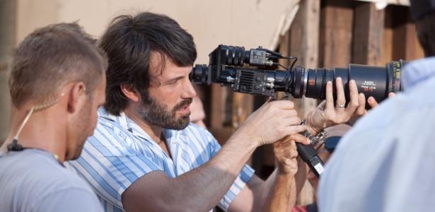 """Ben Affleck dirige cena de """"Argo"""", longa sobre a Revolução do Islâmica no Irã - PictureLux/Brainpix"""