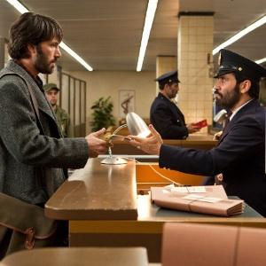 """Cena do filme """"Argo"""", dirigido e estrelado por Ben Affleck  - PictureLux/Brainpix"""