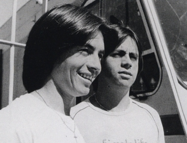 Durval e José, ou Xororó e Chitãozinho, em foto tirada no final da década de 1970