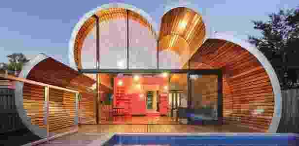 """""""Casa-nuvem"""" de McBride Charles Ryan, é um anexo a uma casa de estilo eduardiano na Austrália - Divulgação"""