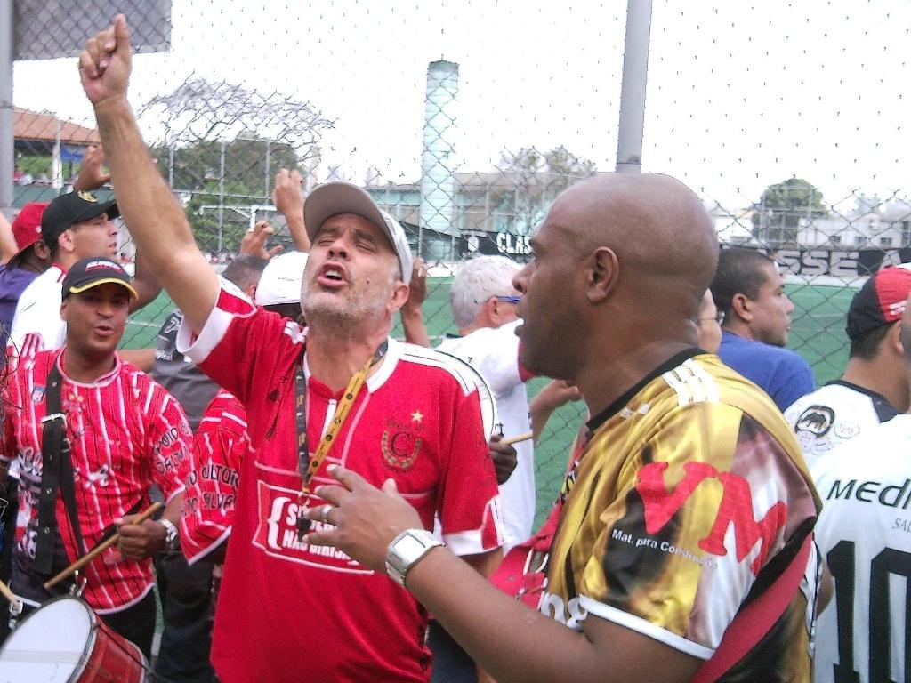 Macarrão, diretor da bateria do Classe A, da Barra Funda