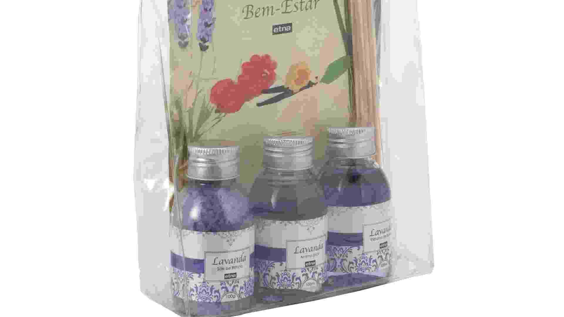 O kit da Etna (www.etna.com.br) possui um difusor de aroma, uma espuma de banho e um sal de banho, todos na essência lavanda. À venda por R$ 49,99 | Preços pesquisados em setembro de 2012 e sujeitos a alterações - Divulgação