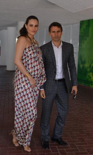 Fernanda Tavares e Murilo Rosa chegam no casamento da atriz Emanuelle Araújo no Rio de Janeiro (30/9/12)