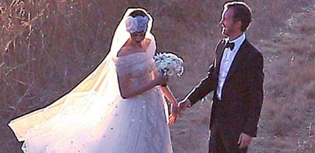 Casamento de Anne Hathaway com Adam Shulman em Big Sur, na Califórnia - Grosby Group