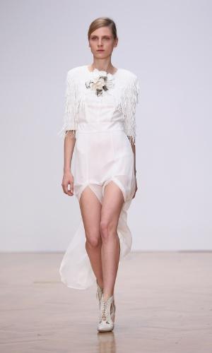 Desfile da grife Sass & Bide na semana de moda de Londres (14/09/2012)