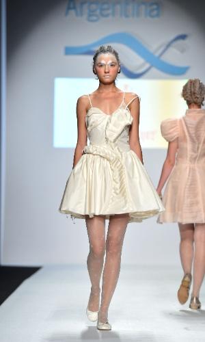 Desfile de Maria Pryor na semana de moda de Milão (19/09/2012)
