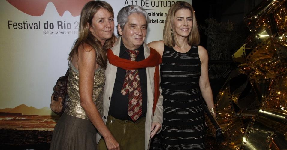 """Priscilla Rozenbaum, Domingos Oliveira e Maitê Proença lançam o filme """"Primeiro Dia de um Ano Qualquer"""", no Rio (30/9/12)"""