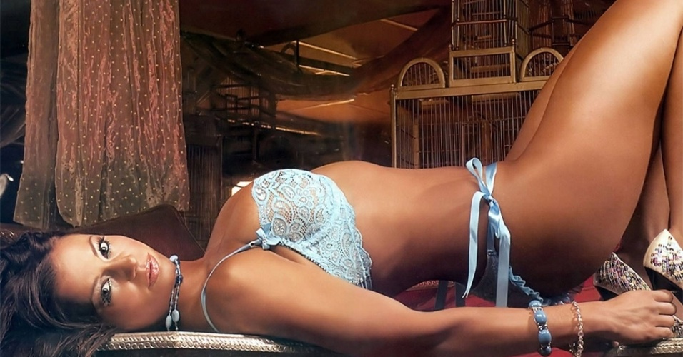 Ex-atriz pornô, Candice Michelli já realizou diversos ensaios nus