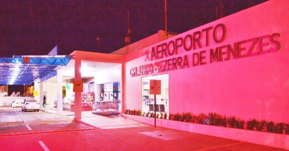 3.out.2012 - Os aeroportos vinculados à Superintendência Regional da Infraero Nordeste adotam a cor de rosa para mobilizar os passageiros e usuários sobre a importância de apoiar as instituições de saúde na conscientização e prevenção do câncer de mama