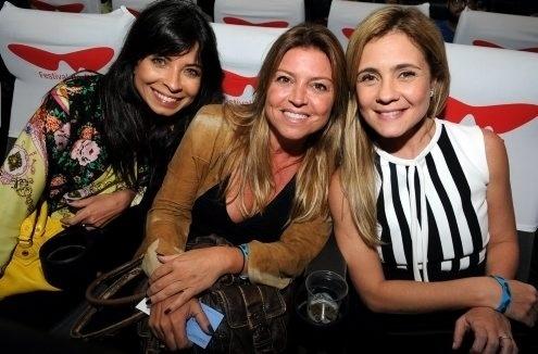 """Ana Lima, Nana Karabachian e Adriana Esteves na pré-estréia do filme """"Coleção Invisível"""" no Festival do Rio (2/10/12)"""