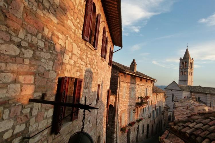 Berço de São Francisco, Assis é uma das mais belas cidades da região da Umbria, na Itália