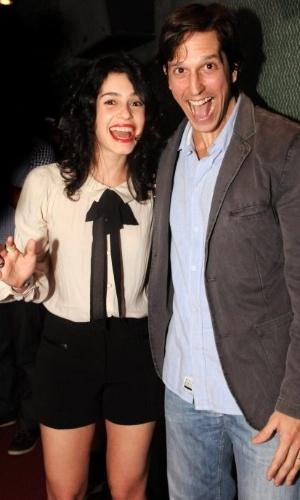 Maria Flor e Vladimir Brichta fazem careta para o fotógrafo no Festival do Rio (2/10/12)