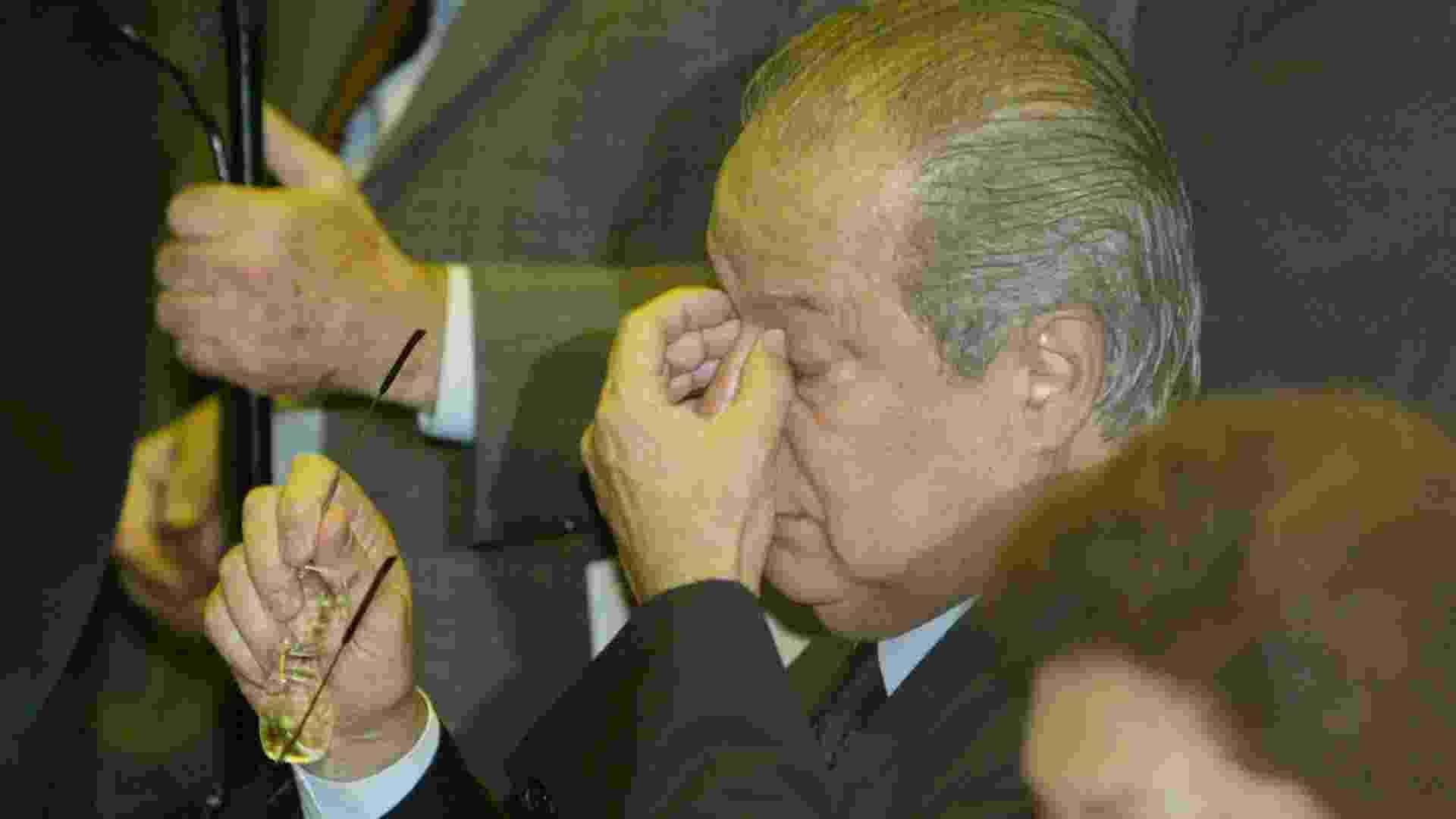 O ex-ministro José Dirceu (PT-SP) na sessão da Câmara dos Deputados em que teve seu mandato de deputado federal cassado, em 2005 - Alan Marques - 30.nov.2005/Folhapress