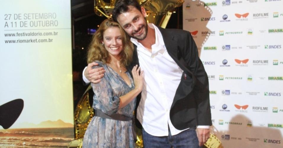 """Os atores Ana Moreira e Ivo Muller na pré-estreia do filme """"Tabu"""", de Miguel Gomes, no Cine Odeon BR, durante o Festival do Rio (3/10/12)"""