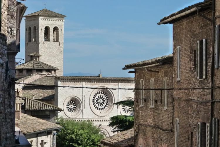 Região da cidade de Assis, na Itália, presenciou as andanças religiosas de São Francisco no século 13