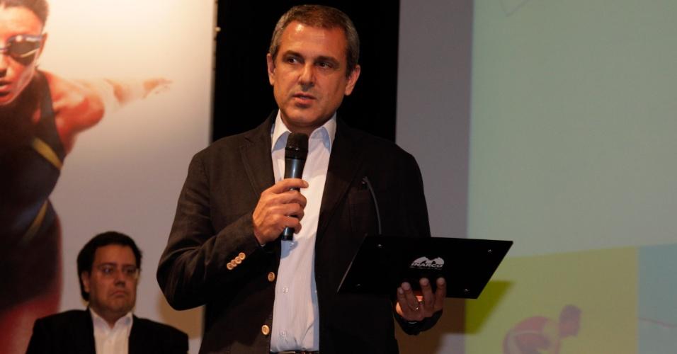 Técnico da seleção brasileira feminina de vôlei, José Roberto Guimarães foi homenageado no evento