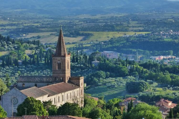 A cidade de Assis, na Itália, está cercada pelas belas paisagens rurais da região da Umbria
