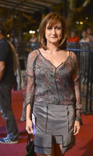 """A atriz Zezé Polessa prestigiou a première do filme """"O Gorila"""" no Cine Odeon, centro do Rio (4/10/12)"""