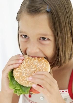 A pequisa analisou o impacto do cardápio no desenvolvimento cognitivo de 4.000 crianças - Thinkstock