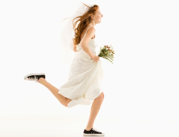Disciplina evita a correria dos preparativos e ajuda noiva a curtir cada etapa do casamento - Thinkstock