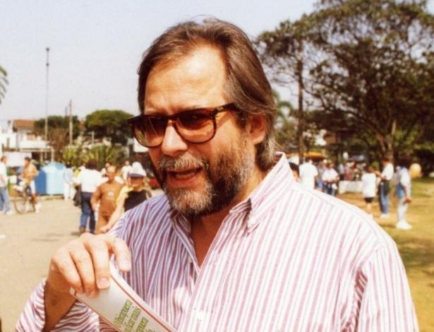 O então deputado federal José Dirceu no Parque do Ibirapuera em 1992. Dirceu foi deputado estadual em São Paulo em 1986 e, em 1990, elegeu-se deputado federal, cargo que voltou a ocupar com as eleições de 1998 e 2002