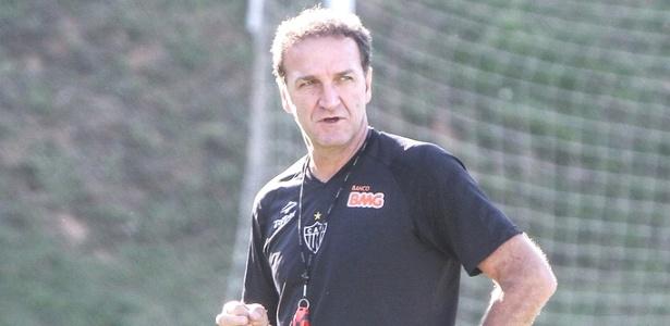 Técnico Cuca apresentou lista com 10 nomes de possíveis reforços para o Atlético-MG